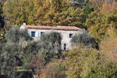 Location meublée maison 160m² Le Bar-Sur-Loup (06620) Quesnoy-sur-Airaines