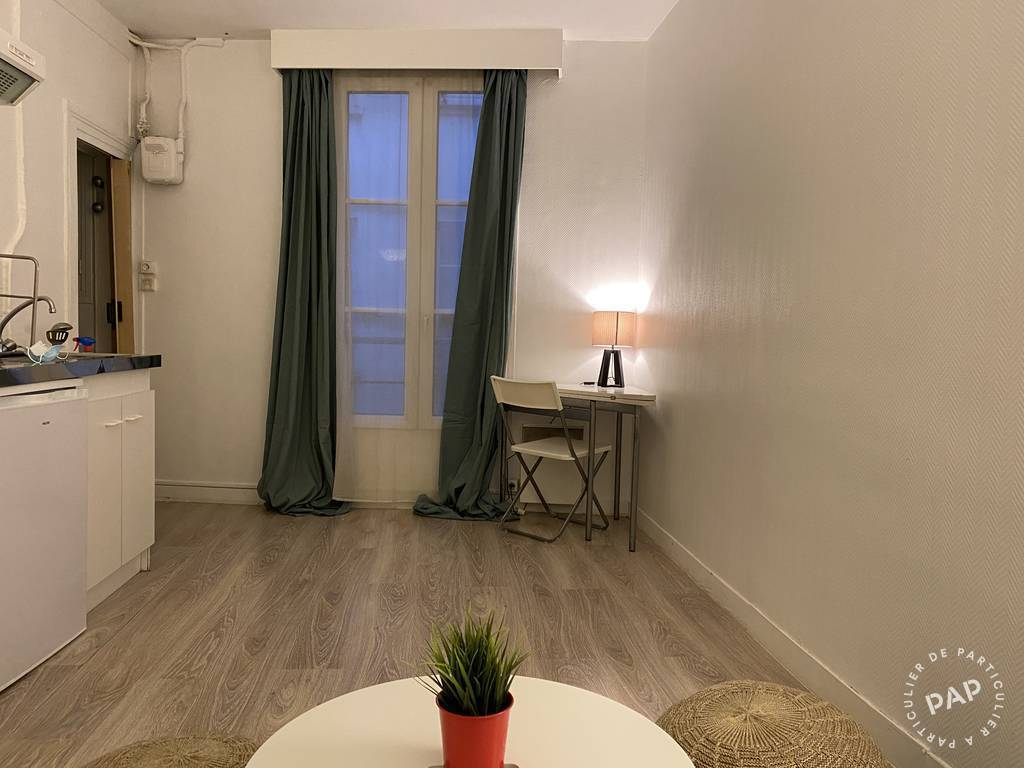 Location Appartement Paris 3 17 m² 820 €
