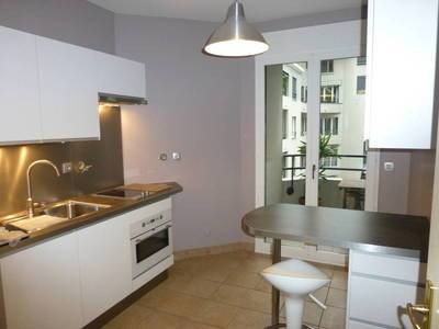 Location appartement 2 pi�ces 53 m� Quartier Prefecture - 920 €