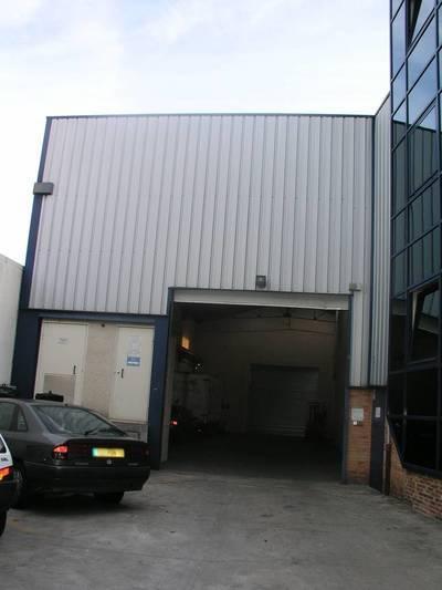 Location local d'activité 400m² Saint-Maur-Des-Fosses (94)