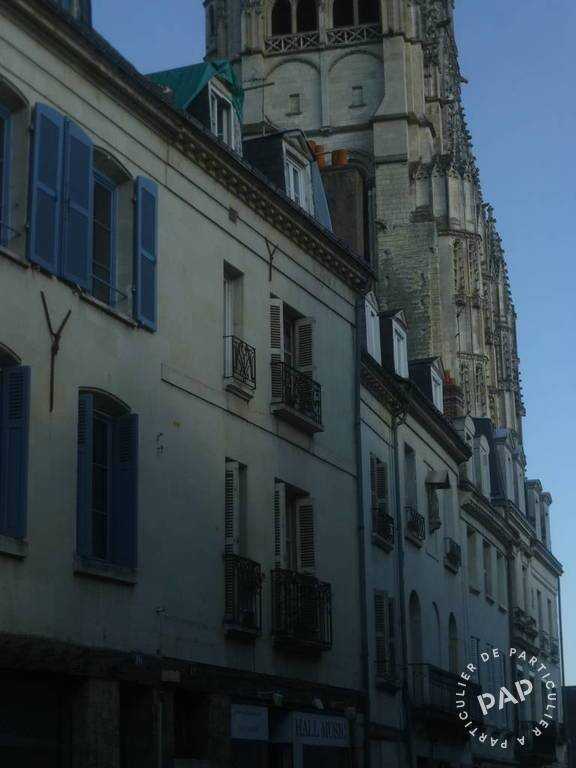 Location Appartement Tours 10 m² 235 €