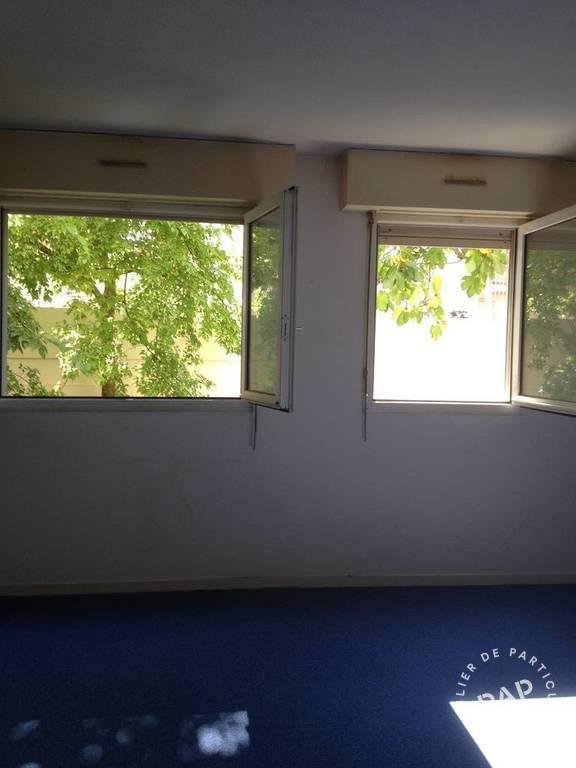 location appartement bordeaux 28 m 450. Black Bedroom Furniture Sets. Home Design Ideas