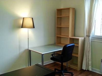 Location meublée studio 24m² Levallois-Perret - 865€