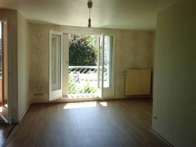 Location appartement 4pièces 85m² Lyon 8E - 917€