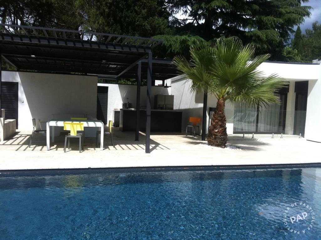 location meubl e maison 200 m n mes 200 m euros de particulier particulier pap. Black Bedroom Furniture Sets. Home Design Ideas
