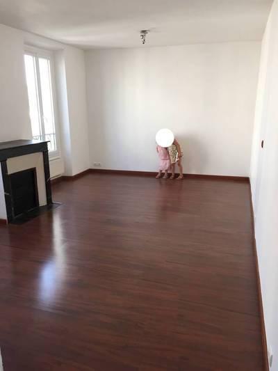 Location appartement 2pièces 40m² Saint-Maur-Des-Fossés - 895€