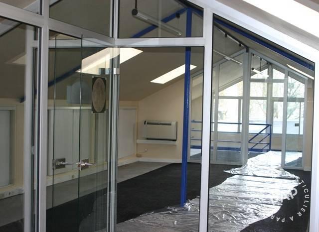 bureaux locaux professionnels issy les moulineaux 92130 142 m e pap commerces. Black Bedroom Furniture Sets. Home Design Ideas