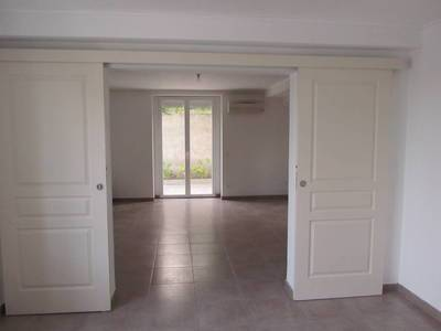 Location appartement 3pièces 62m² Nimes - 845€