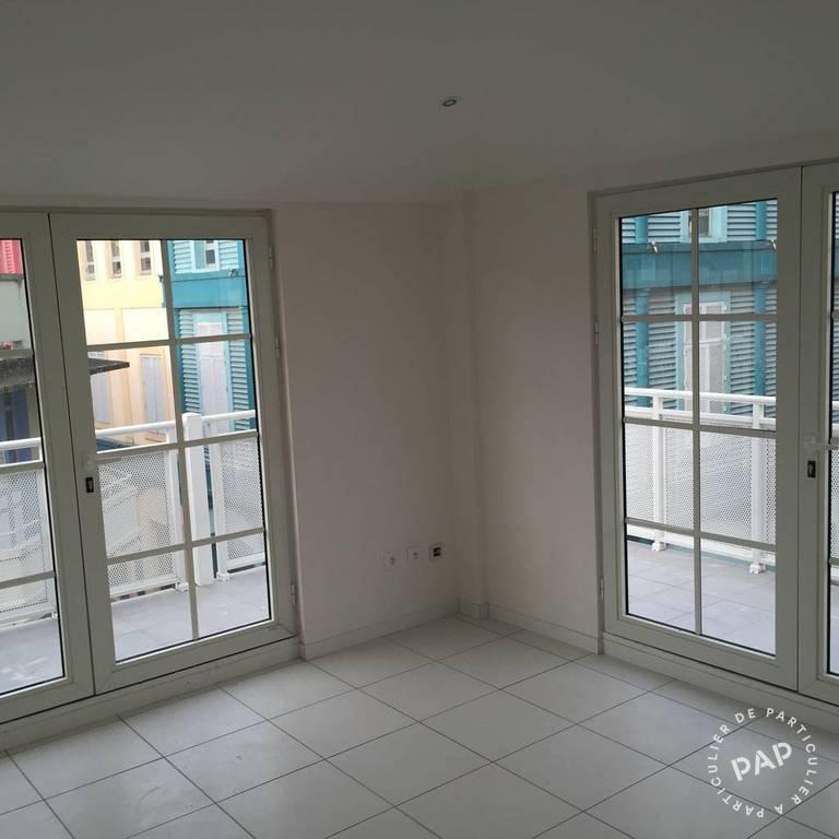 bureaux locaux professionnels fort de france 80 m 1. Black Bedroom Furniture Sets. Home Design Ideas