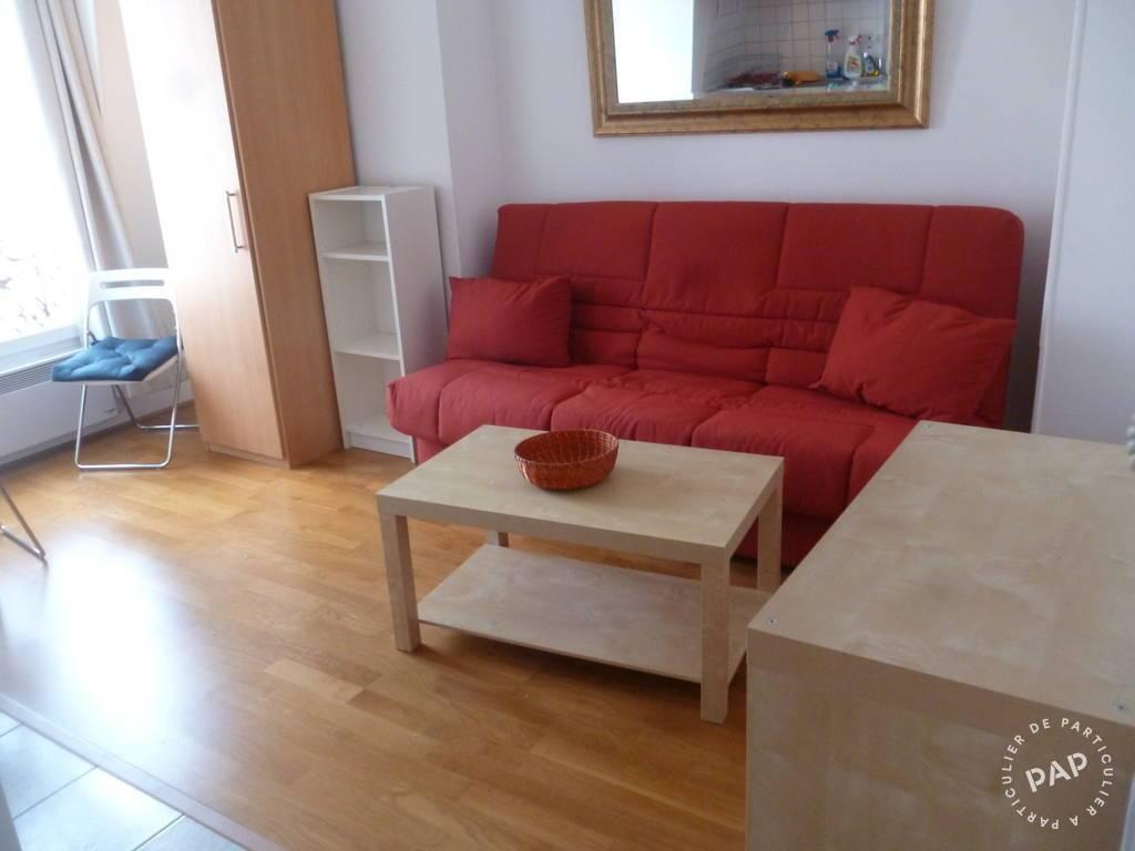 Location studio 17 m paris 18e 17 m 695 e de for Location meuble paris 17 particulier