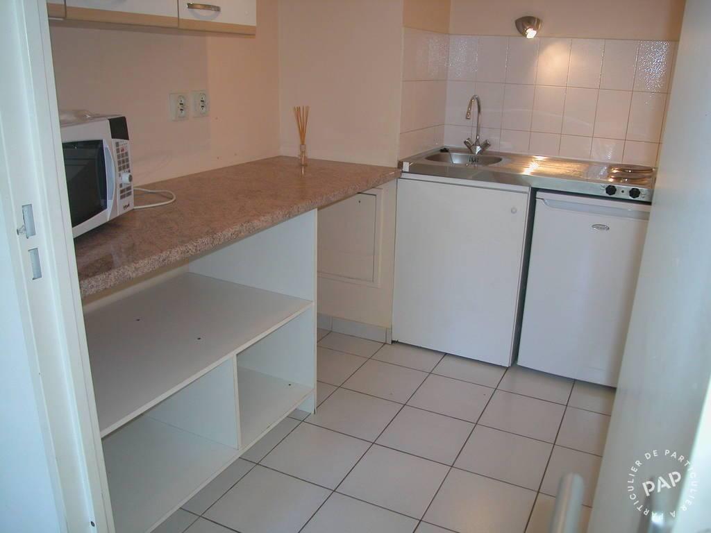location studio 31 m nimes 31 m 495 euros de particulier particulier pap. Black Bedroom Furniture Sets. Home Design Ideas