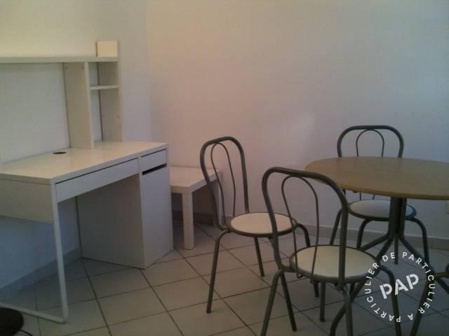 location meubl e appartement 2 pi ces 25 m toulon 25 m 480 e de particulier. Black Bedroom Furniture Sets. Home Design Ideas