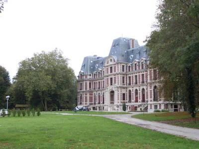 Location appartement 3pièces 61m² Pont-Sainte-Maxence (60700) - 836€