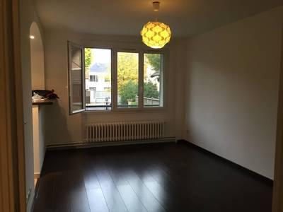 Location meublée studio 27m² Nanterre (92000) - 780€