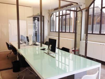 Location bureaux et locaux professionnels 42m² Paris 10E - 1.820€