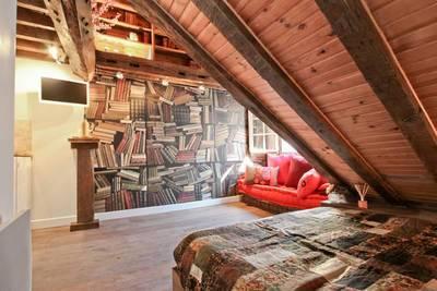 Location meubl�e studio 17m� Paris 3E - 1.020€