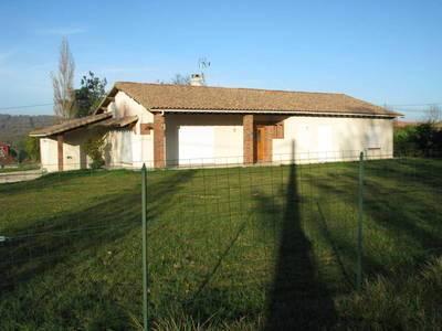 Location maison 150m� Lias (32600) - 1.120€