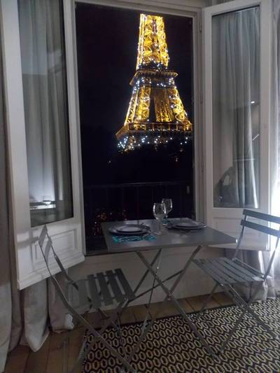 Location meublée appartement 2pièces 28m² Paris 7E - 1.795€