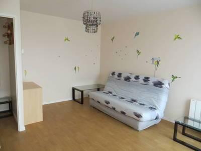 Location meublée studio 25m² Elancourt (78990) - 650€