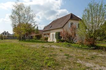 Vente maison 165m² Aix-En-Othe (10160) - 179.000€