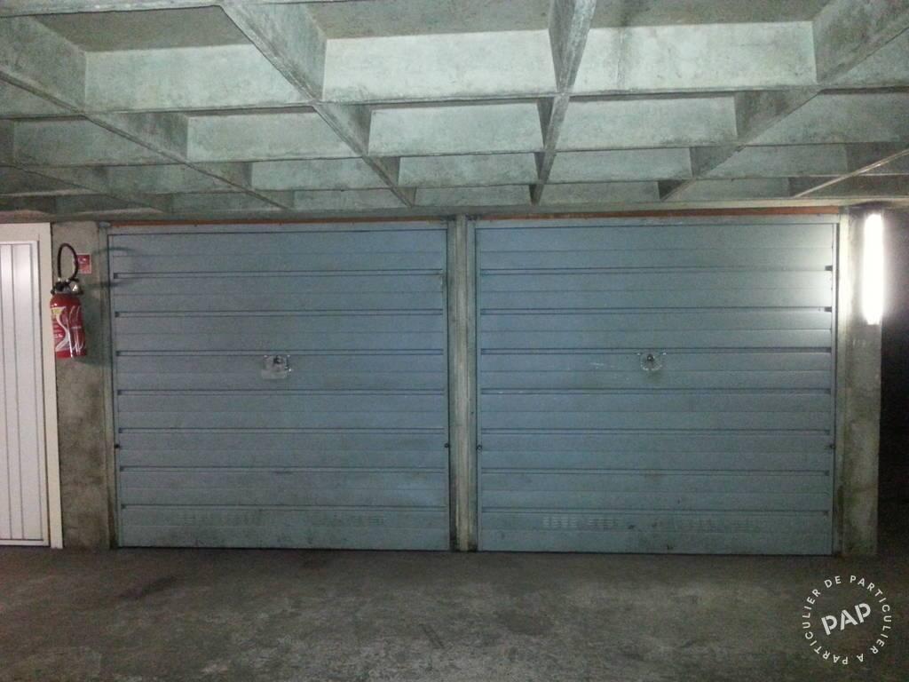 Location garage parking paris 20e 300 e de for Location garage mecanique ile de france