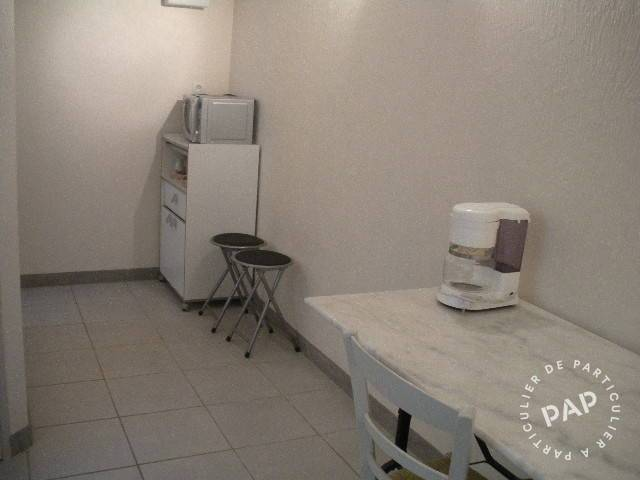 location meubl e studio 22 m saint saturnin 72650 22. Black Bedroom Furniture Sets. Home Design Ideas