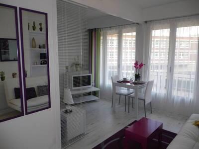 location appartement rouen toutes les offres de location d 39 appartement rouen 76 de. Black Bedroom Furniture Sets. Home Design Ideas