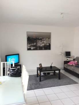 Location appartement 30m² Aubagne (13400) - 520€