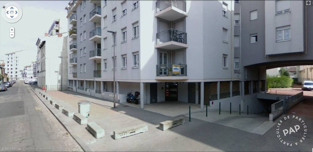Location garage parking 14 m villeurbanne 69100 14 for Location garage 14