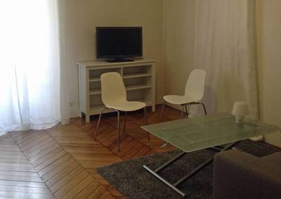 Location meubl�e studio 38 m� Paris 8E - 1.495 €
