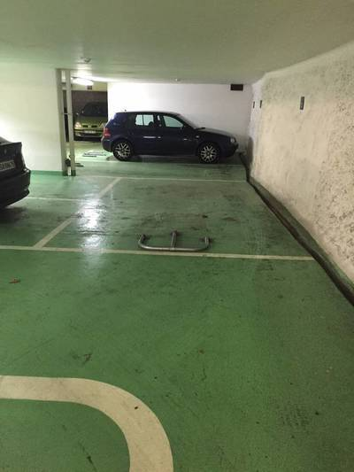 Location garage, parking Paris 9E - 160€