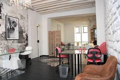 Location bureaux et locaux professionnels 150m� Paris 10E - 2.500€