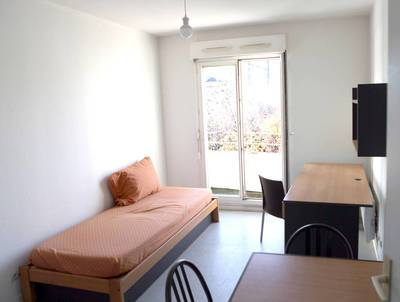 Location meubl�e studio 18m� Malakoff (92240) - 730€