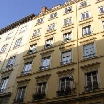 Location appartement 3pi�ces 66m� Lyon 1Er - 735€