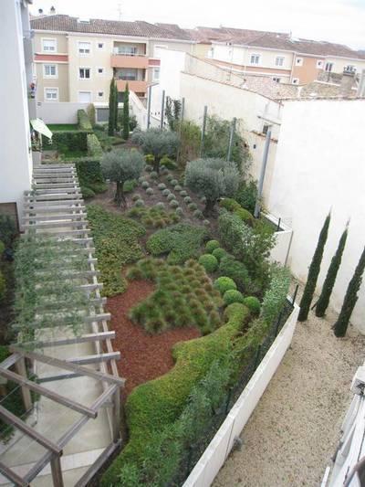 Location appartement 3pi�ces 71m� Nimes (30) - 764€