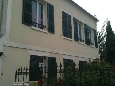 Location meubl�e studio 35m� Pont-Sainte-Maxence (60700) - 510€