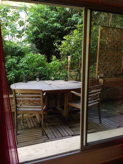 Location meubl�e studio 24m� Paris 18E - 950€