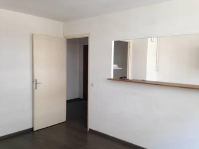 Location appartement 3pièces 60m² Marseille 4E - 710€