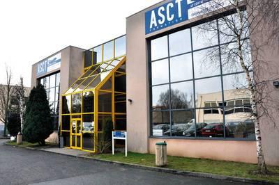 Location bureaux et locaux professionnels 1.400m� Villepinte (93420) - 132€