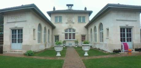 Location meublée appartement 4pièces 84m² Crepy-En-Valois (60800) - 890€