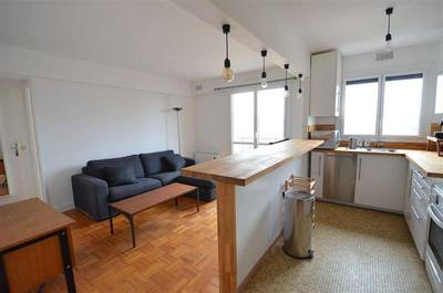 Location meubl�e appartement 3pi�ces 48m� Paris 10E - 1.500€