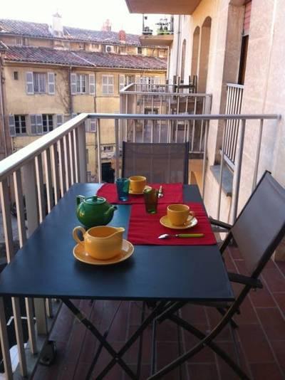 Location meubl�e appartement 3pi�ces 75m� Aix-En-Provence (13) - 1.300€