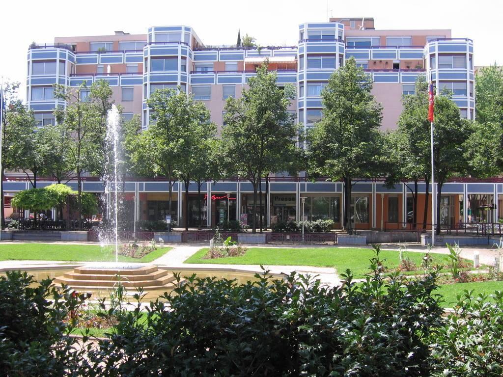 Location meublée appartement 2 pièces 38 m² Lyon 6E 38