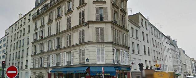 Location meubl�e studio 25 m� Paris 18E - 925 €