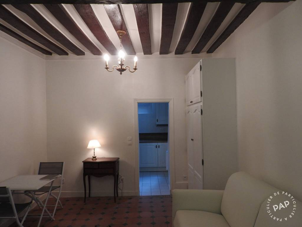 Location appartement studio Paris 4e