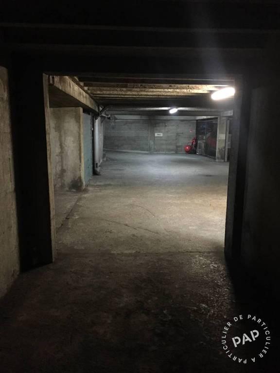 Location garage parking paris 11e 130 e de for Location garage orleans particulier
