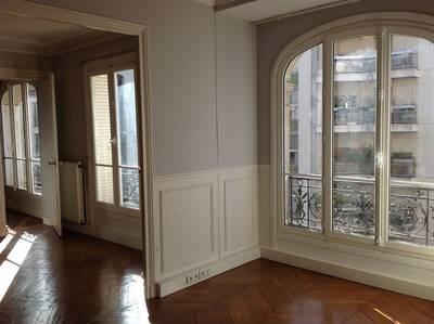 Location appartement 3pi�ces 57m� Paris 15E - 1.575€