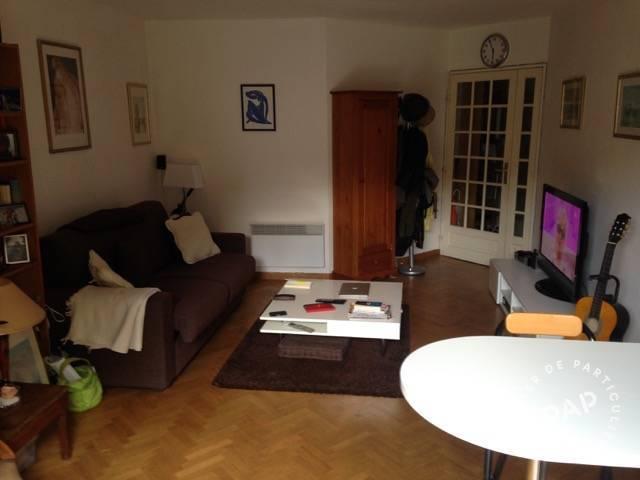 location studio 25 m issy les moulineaux 92130 25 m 850 e de particulier particulier. Black Bedroom Furniture Sets. Home Design Ideas
