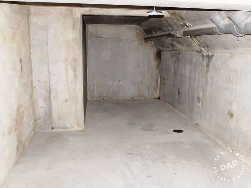 Location garage parking 32 m paris 11e 32 m 200 e for Location garage mecanique ile de france