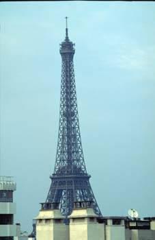Location meubl�e appartement 2pi�ces 50m� Paris 15E - 1.495€